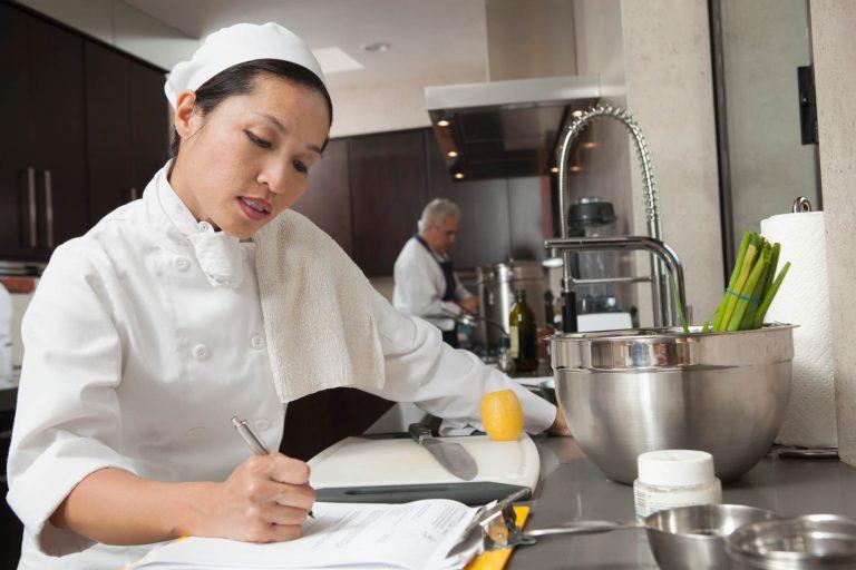 montar uma ficha técnica de preparação de alimentos eficaz