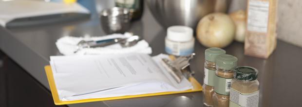 Entenda o que é um check list para higiene e manipulação de alimentos