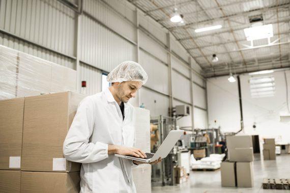 Não ponha tudo a perder com um fornecedor que te deixa na mão. Tenha critérios, tenha um processo de qualificação de fornecedores de alimentos!