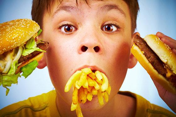 hábitos alimentares que podem prejudicar a sua saúde
